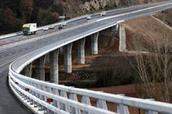 FENADISMER recurre la decisión de Cataluña de establecer la euroviñeta en su territorio. Cataluña vuelve a la carga con los peajes a los camiones