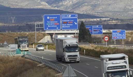 La Comisión Europea pide a Francia que no sancione las pausas en marcha