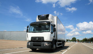 RENAULT-TRUCKS-D-WIDE-