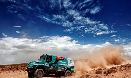 Iveco_Dakar2016_DeRooy