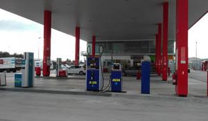 As24 inaugura estación de servicio en Tarragona