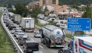 Francia ya no va a sancionar las pausas con el camión en marcha en ele aso de que viajen dos conductores a bordo del vehículo