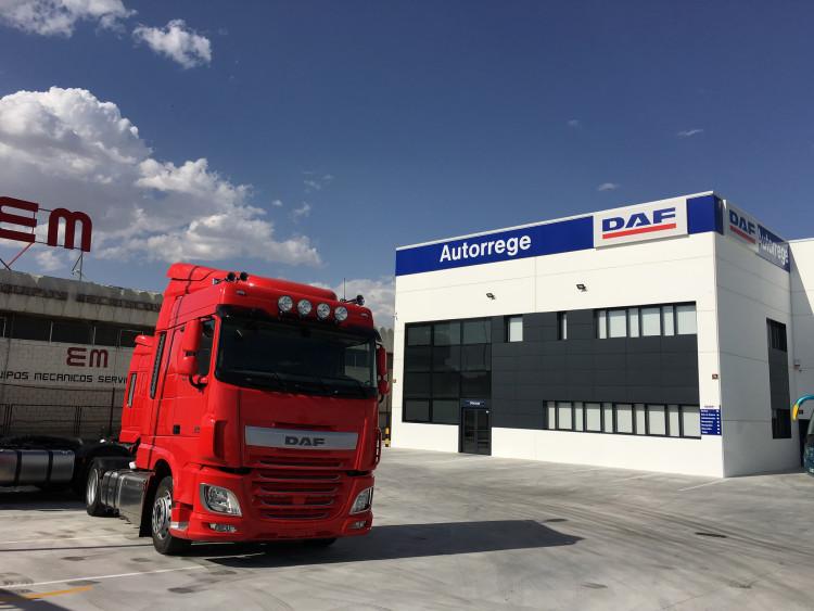 El grupo Autorrege acaba de inaugurar un nuevo concesionario DAF en Valdemoro.