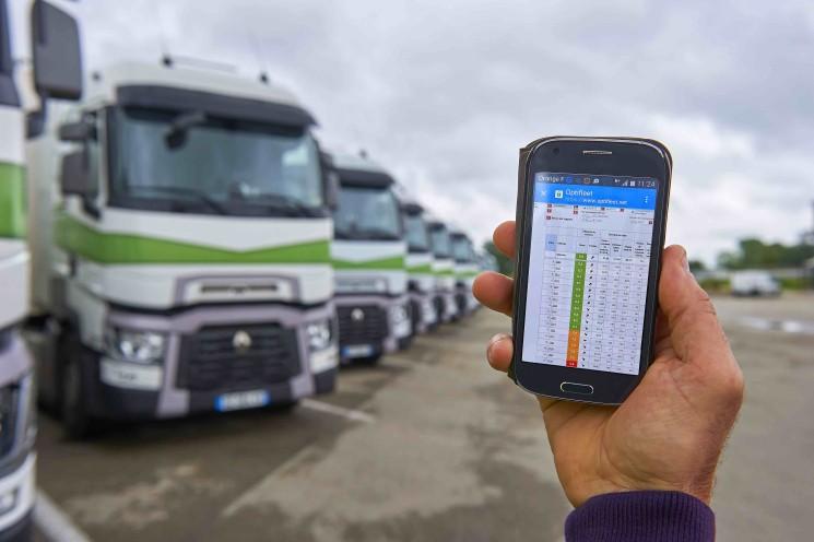 Renault Trucks avanza en conectividad y ahorro