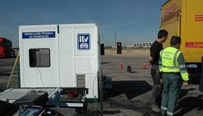 La DGT ha iniciado una campaña de inspecciones técnicas móviles a camiones y furgonetas.