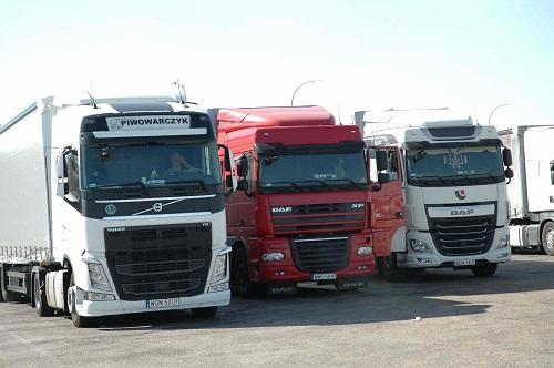 Las empresas deslocalizadas ya copan el 50% del transporte internacional español.