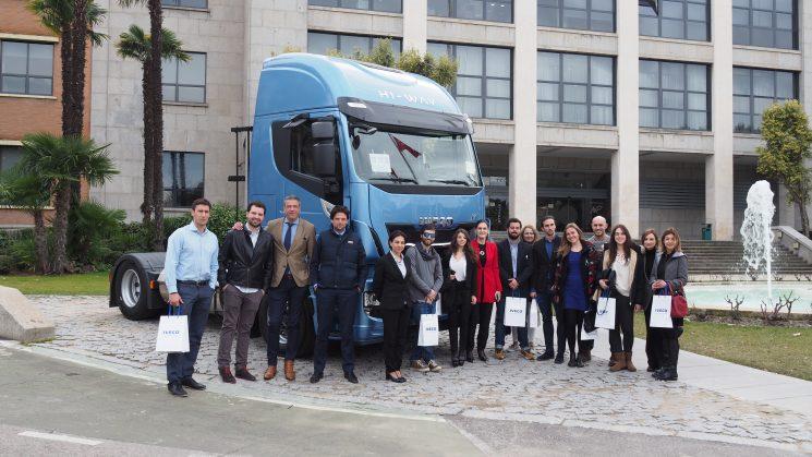 Iveco modelo de estudio en la Universidad de Salamanca por sus contribuciones a la innovación.