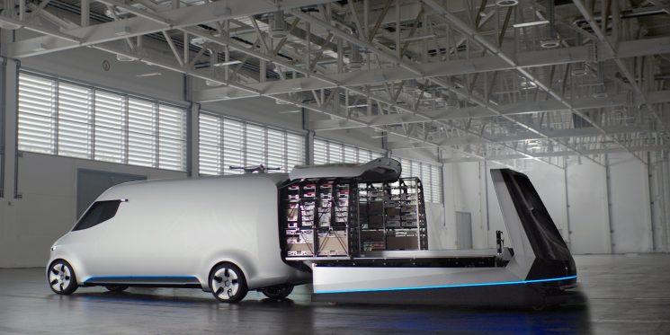 Mercedes-Benz VANS ha puesto en marcha el reto Startup adVANce para que jóvenes emprendedores presenten proyectos de mejora del transporte, optimización de la carga y descarga, rutas, etc.