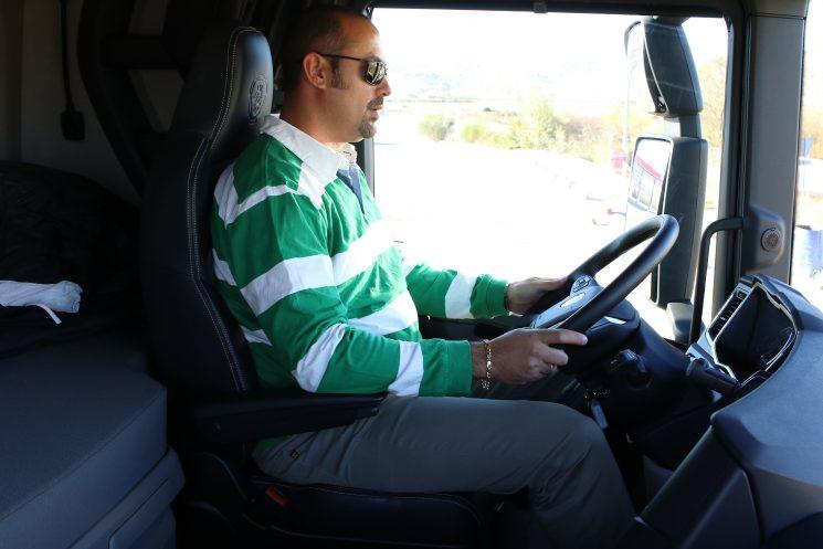 Las empresas deslocalizadas controlan ya la cuarta parte del transporte internacional español.