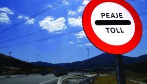 Guipúzcoa mantiene el peaje a camiones a pesar de la sentencia del Tribunal Superior de Justicia del Pais Vasco que los declara nulos.