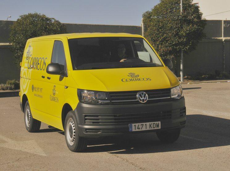 Correos elige el Transporter de Volkswagen para renovar su flota de vehículos de reparto.