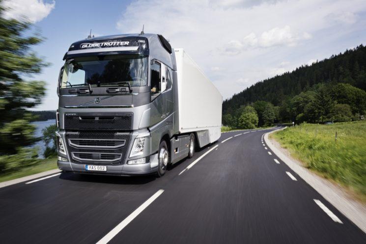 Volvo Trucks aplaude la exigencia de la declaración de emisiones y consumo que debe acompañar a todos los camiones nuevos a partir del 1 de enero de 2019.