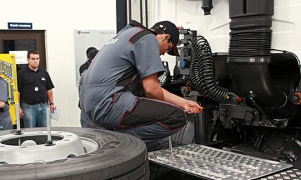 Scania abre instalaciones en Almería