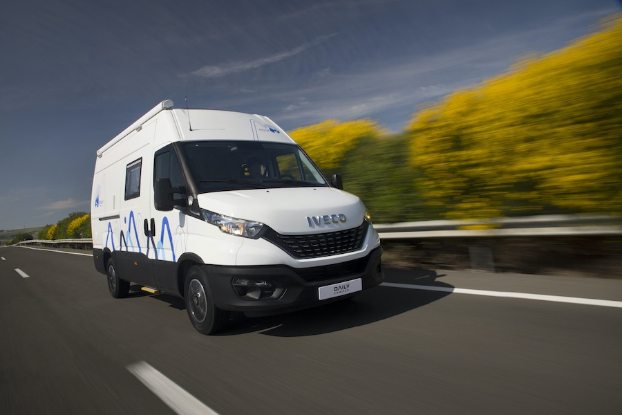 IVECO-Daily-Camper-01