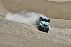 El equipo de Iveco camión sigue líder en el DAKAR
