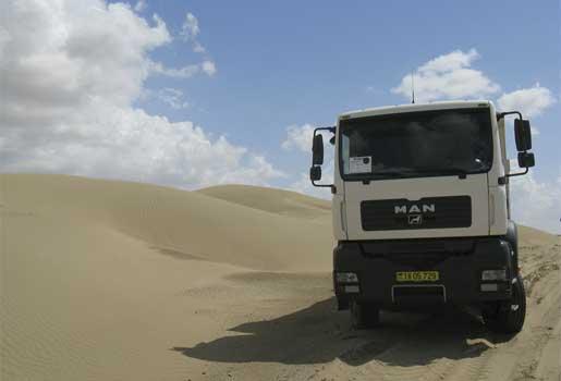 Los TGS de MAN construyen carreteras para la extracción de gas y petróleo en condiciones extremas