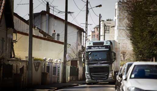 El Positioning+ de Volvo Trucks permite conocer la posición del camión minuto a minuto