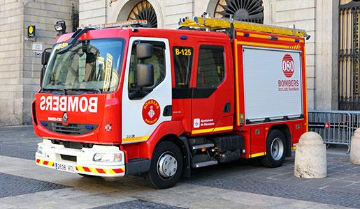 Renault Trucks suministra a los bomberos de Barcelona