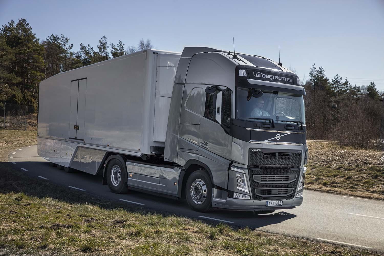 Nuevos motores Euro 6C y mejoras aerodinámicas permiten reducir el consumo a las gamas FM y FH de Volvo.