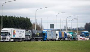 Los transportistas belgas se movilizan contra el peaje en sus autopistas