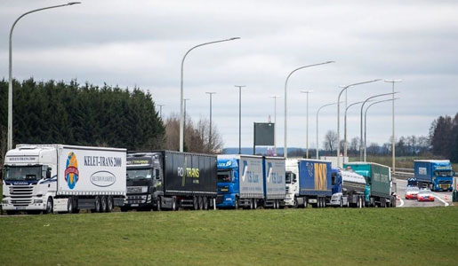 Movilizaciones contra el peaje en Bélgica y numerosas incidencias en la entrada en vigor del mismo