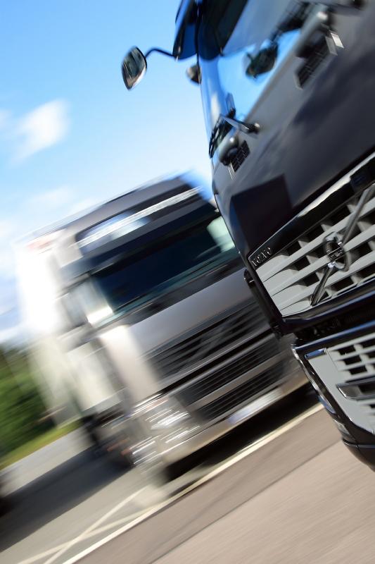 Volvo desarrolla la app My Trucks para emparentar el camión con la tablet o móvil y poder acceder en remoto a información del camión.