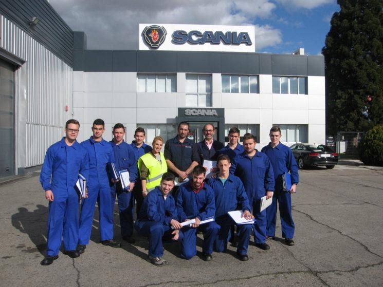 Scania renueva el convenio para la formación de mecánicos.