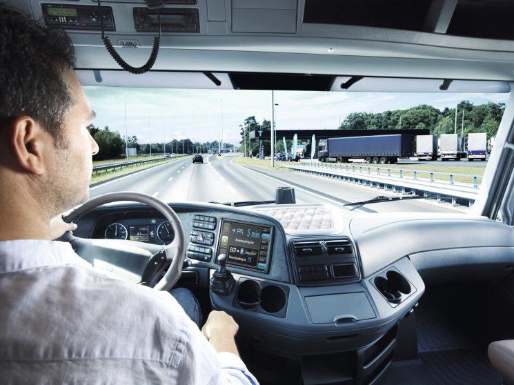 FENADISMER alerta de la escasez de conductores profesionales.