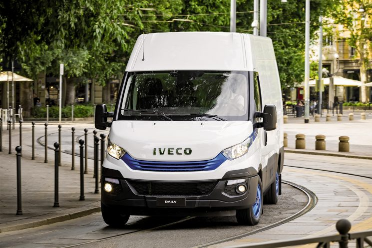 La familia Iveco Daily Blue Power incluye una Daily eléctrica, una de gas natural y una tercera diésel.