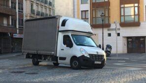 Francia ha prohibido que los conductores de vehículos ligeros efectúen el descanso diario o semanal en la cabina-