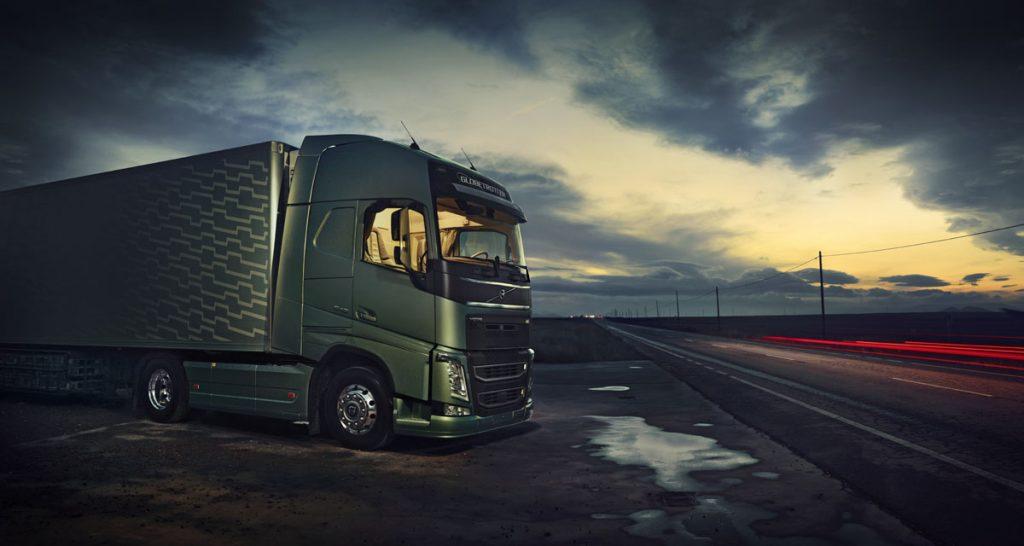 España amplía las exenciones en los tiempos de conducción y descanso hasta el 12 de abril e introduce nuevas, como poder hacer el descanso en cabina.