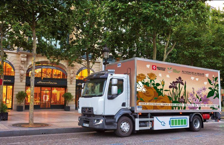 Renault Trucks anuncia el lanzamiento de una gama 100% eléctrica para 2019.