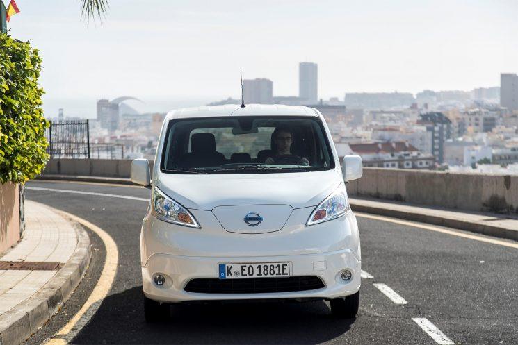 Una nueva bateria de 40 kWh aumenta la autonomía de la eNV200 en 100 kilómetros.