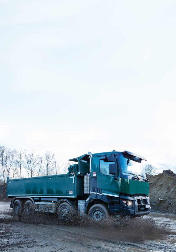 Renault Trucks introduce importantes novedades en el sistema de tracción temporal Optitrack que mejoran su funcionamiento.