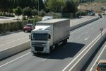 La actividad de transporte sigue en aumento, aunque baja el ritmo