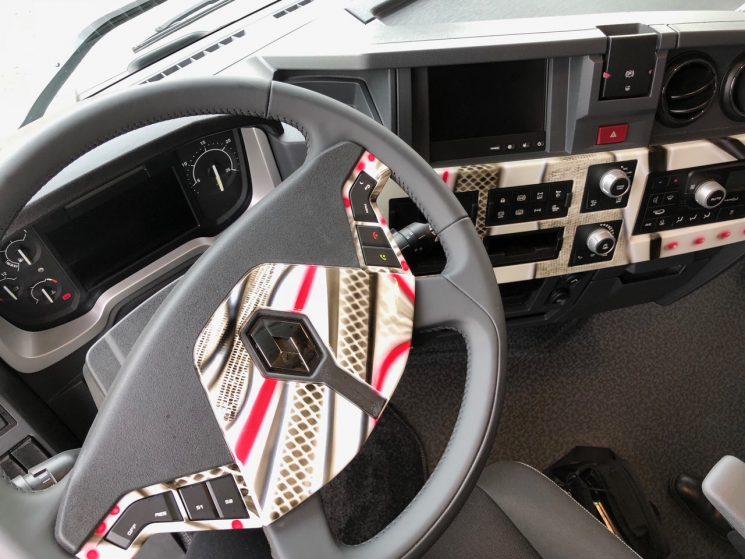 Detalle del interior del Renault Trucks T Tatoo.