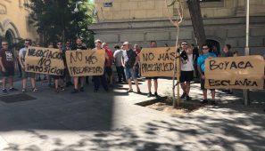 El reparto de prensa en Madrid paralizado desde el 20 de julio por la intención de Boyacá de despedir a 130 repartidores y reducir en un 60% los ingresos de los que continúen.