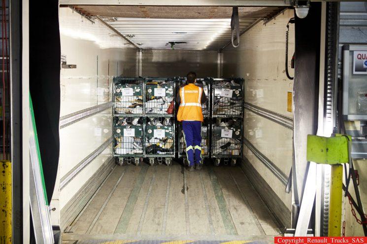 Las asociaciones de transporte encargan un dictamen que clarifique mejor las obligaciones legales en relación con la estiba de la carga.
