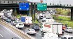 Barcelona sanciona con 500 euros la circulación de camiones