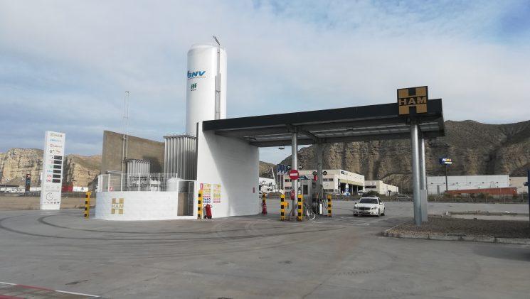 HAM inaugura una nueva gasinera en Alfajarín, Zaragoza