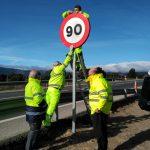 baja-limite-velocidad-turismos-90kmh-carreteras-convencionales