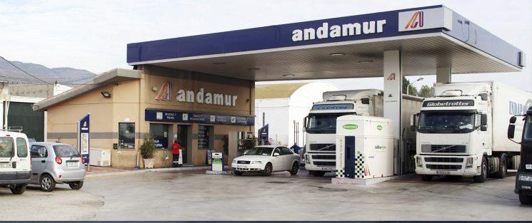 Andamur certifica sus estaciones de servicio en Calidad de la mano de Aenor.