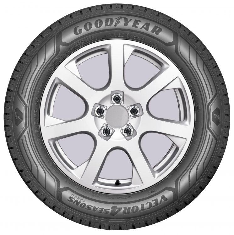 Goosyear lanza el nuevo neumático para furgonetas Vector 4Seasons Cargo, válido para todas las estaciones del año.