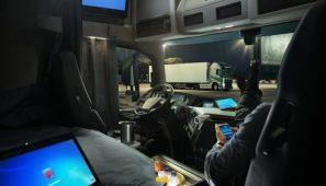 El nuevo ROTT sanciona el descanso semanal normal en cabina con hasta 2000 euros.