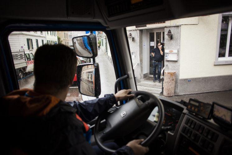 La DGT vuelve a avisar a los conductores a los que les caduca el carné con dos meses de antelación.