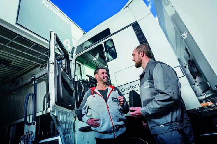Tarjeta MAN Card garantiza el pago de las reparaciones en toda la red de talleres oficiales de MAN en Europa hasta 5000 euros.