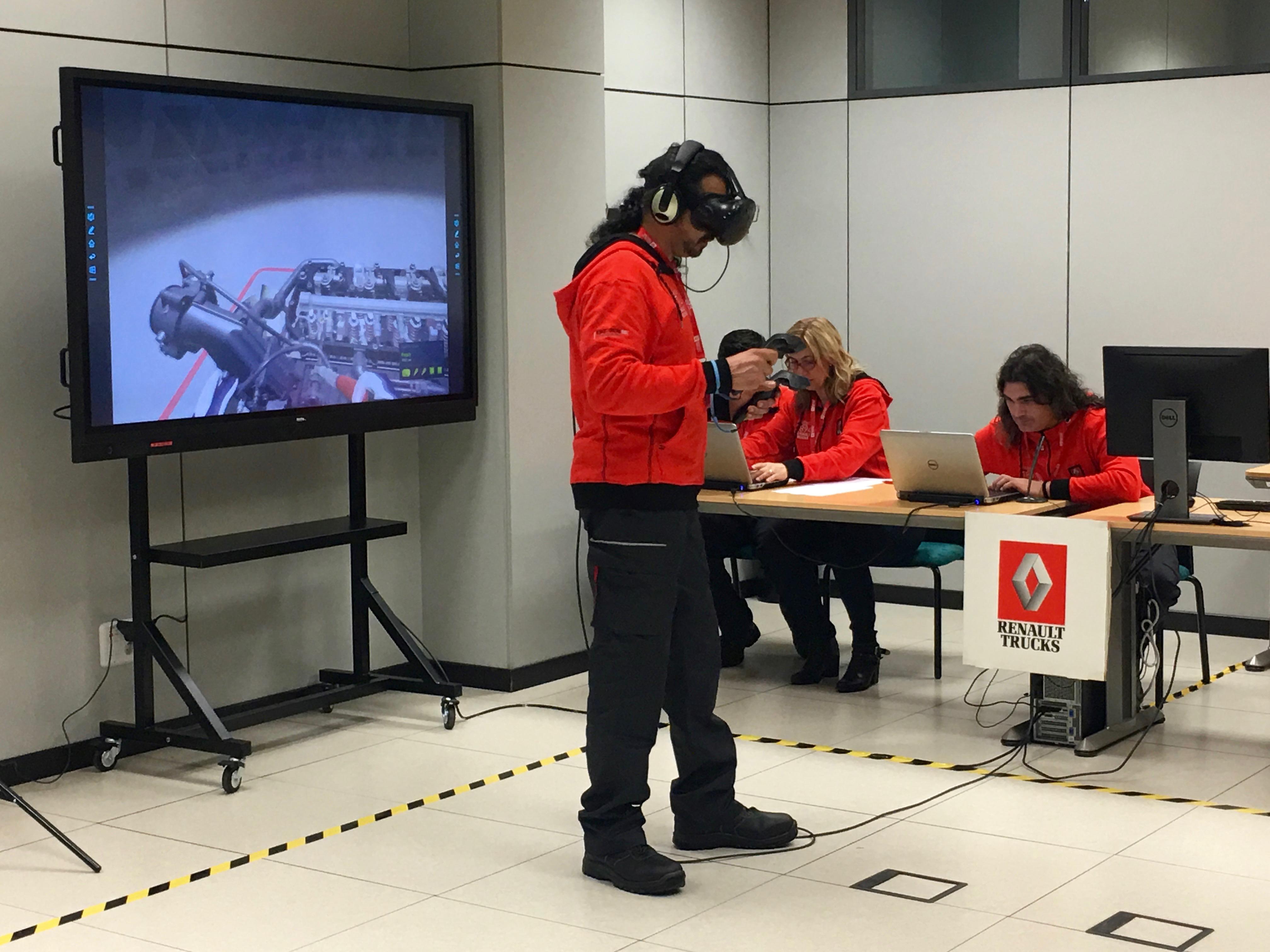 El equipo Guadarrama Segovia durante la realización de la prueba virtual en la semifinal española RTEC.