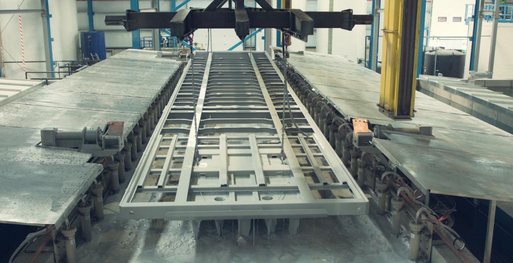 Lecitrailer inaugura nuevas instalaciones para la optimización del acabado de sus vehículos, tanto en calidad como en estética.