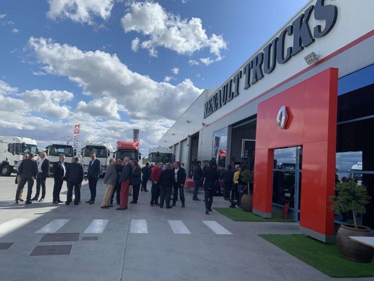 Renault Trucks amplía su red oficial con un nuevo punto en Valladolid de la mano del Grupo Capisa.