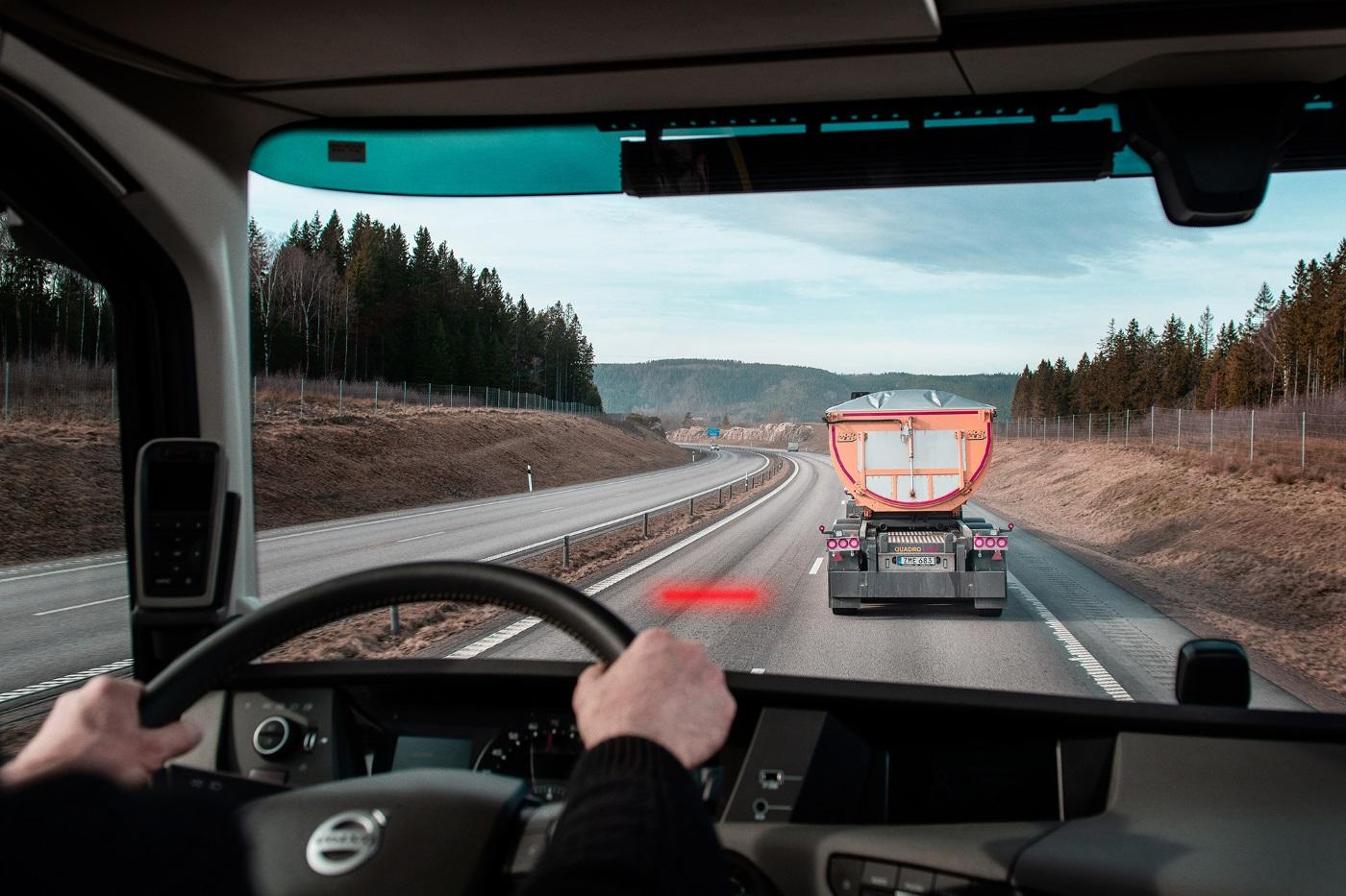 Volvo Trucks lanza su nuevo dispositivo de seguridad Distance Alert